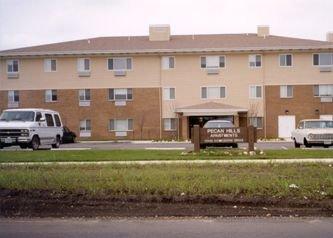 Pecan Hills Apartments Exterior 2