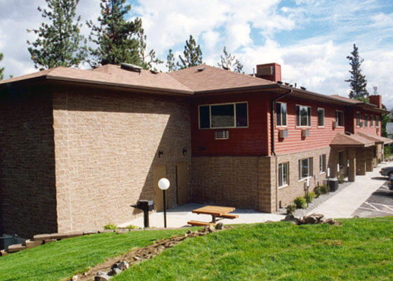Eagle Crest Apartments Exterior