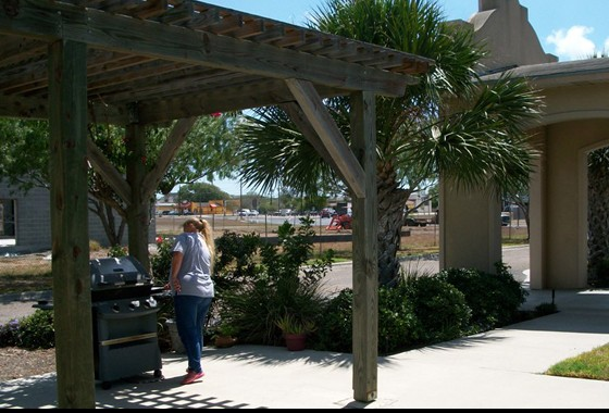 The Henry Harbor Apartment Patio