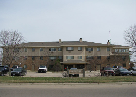 River Winds Apartments Exterior