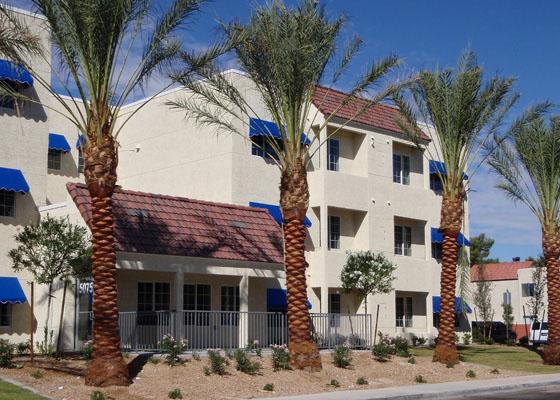 Bob Hogan Apartments Exterior